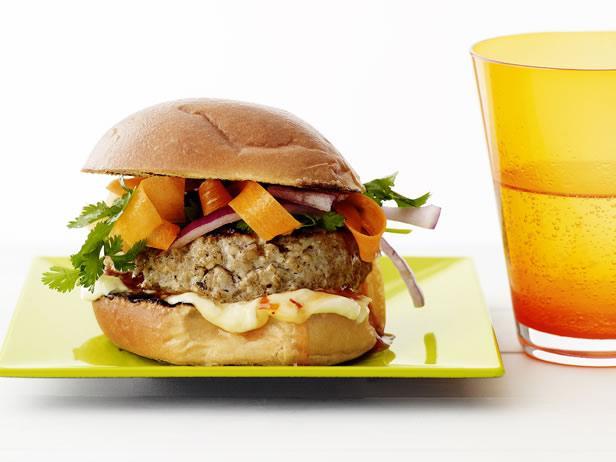 Гамбургер со свиным фаршем по-тайски (№34)