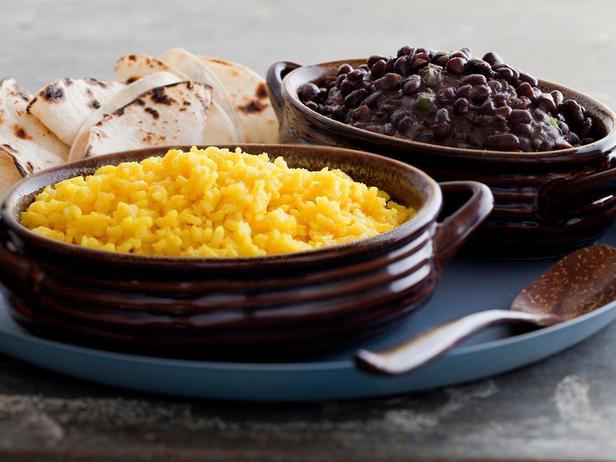 Рис с фасолью по-мексикански