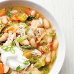 Летний куриный суп с овощами