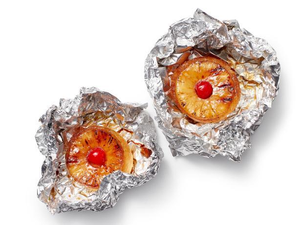 Фото Пирожные перевертыши с ананасом в фольге