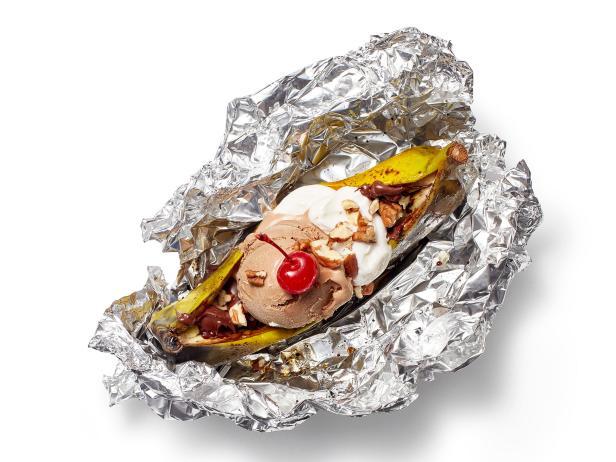 Фото Шоколадно-банановый сплит в фольге