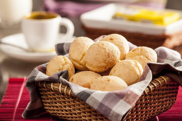 Фото Пао де Кежо (бразильский сырный хлеб)