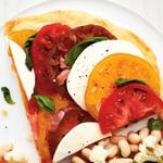 Тонкая пицца без дрожжей «Капрезе»