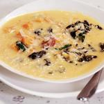 Тыквенный суп с колбасой и рисом