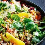 Салат со свеклой, грушей, фенхелем и хикамой
