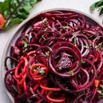 Салат из тертой моркови и свеклы