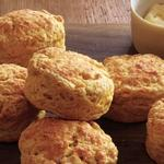 Тыквенные булочки из песочного теста с сыром