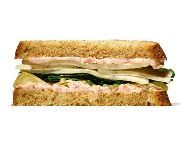 Сэндвич со шпинатом, артишоком и сыром хаварти (№ 18)