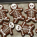 Шоколадное печенье с корицей «Скелеты»