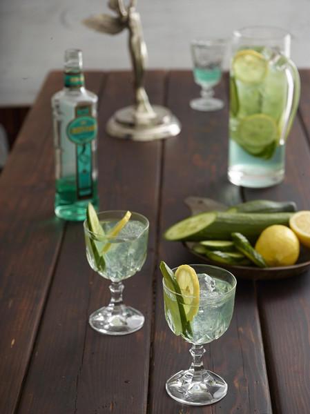 Фото Традиционный коктейль зеленая фея