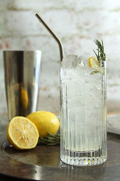 Фото Джин с медом и лимоном