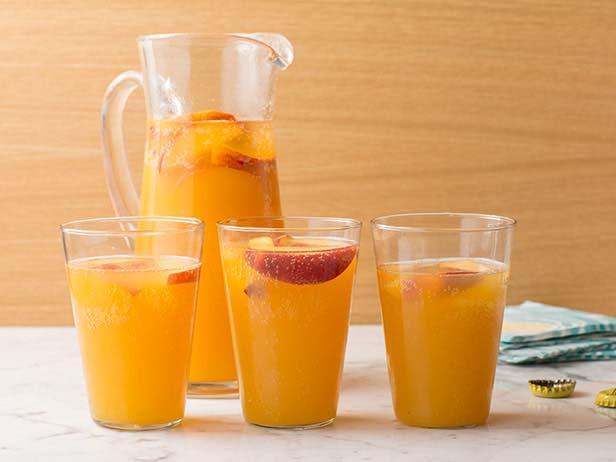 Фото Пивной кулер с персиками и имбирем