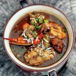 Гамбо с морепродуктами, колбасой и хрустящей окрой