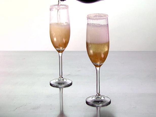Фото Коктейль с шампанским и имбирем