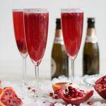 Коктейль с шампанским и гранатом