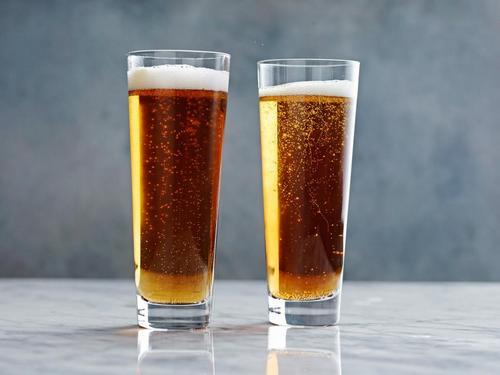 Коктейль Черный бархат (Black velvet)-коктейль с шампанским и темным пивом