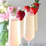 Шампанское с ликером «Флер де Шампань»
