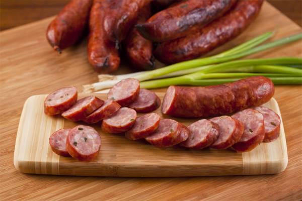 Фото Домашняя свиная колбаса андуй