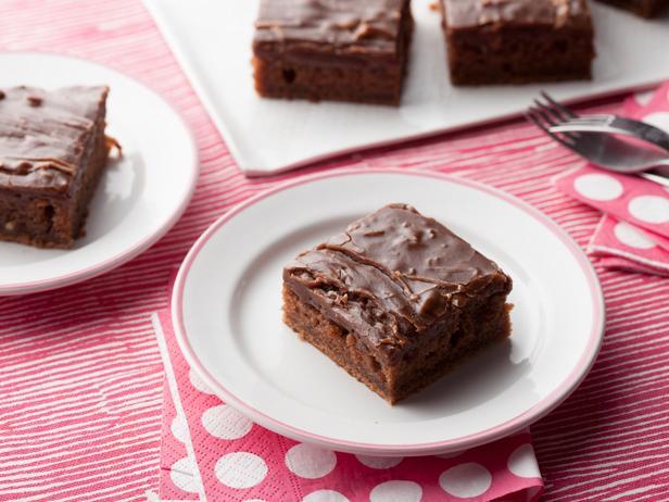 Фото Шоколадные пирожные на День святого Валентина
