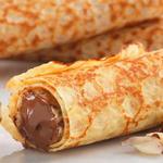 Шоколадные блины с мандариново-перечным соусом