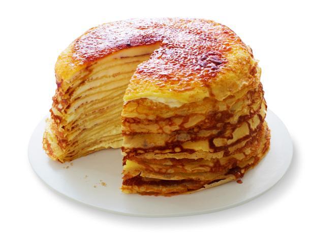 Фото Сладкий блинный торт с кремом из творожного сыра