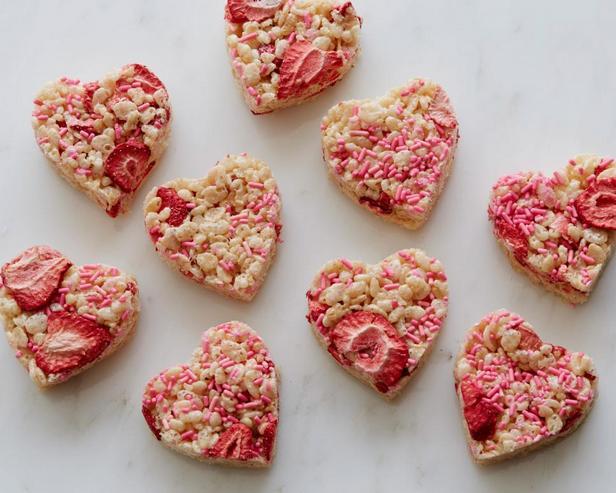 «Сердечки» из зернового печенья
