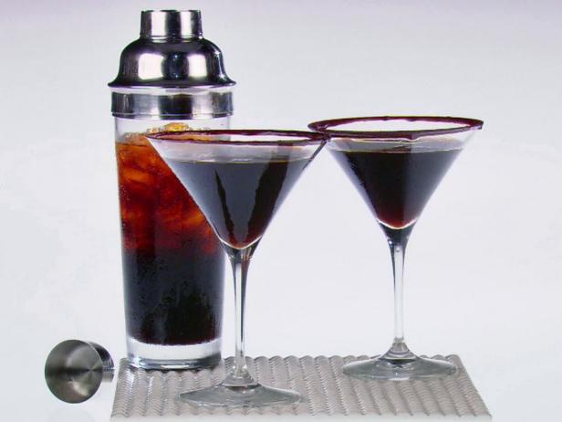 Фото Коктейль «Эспрессо мартини» с шоколадом