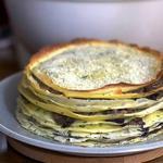 Блинный торт с сыром и грибами