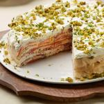 Блинный торт с копченым лососем и сливочным спредом