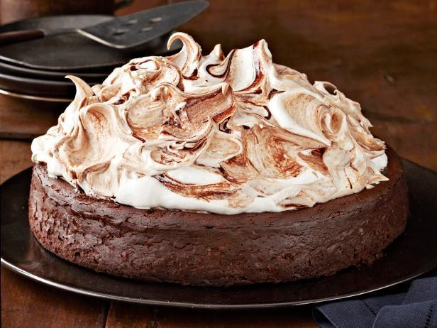 Пышный шоколадный торт без муки