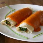 Блинчики с запечёнными овощами и кулисом из болгарского перца