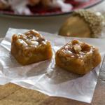 Карамельные конфеты с орехами