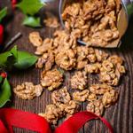 Пикантные грецкие орехи в сахарной глазури