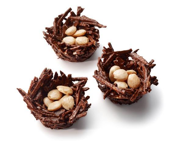Фото Шоколадные пирожные «Птичье гнездо»