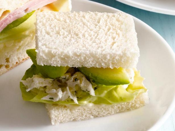 13. Сэндвич с крабовым салатом