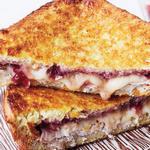 Сэндвич «Монте-Кристо» с индейкой