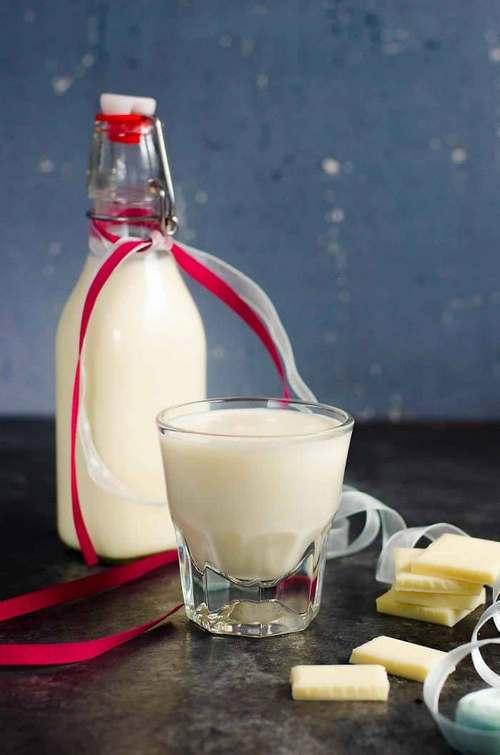 Фото Домашний ликер с белым шоколадом