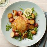 Куриные бедра с картофелем, лимоном и чесноком