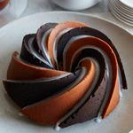 Кекс с шоколадно-ванильными спиралями