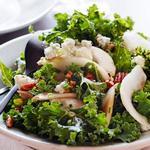 Простой салат с кудрявой капустой кейл