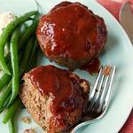 Мясные маффины с соусом барбекю