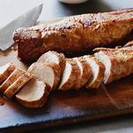 Свиная вырезка в духовке с перечным соусом чипотле