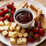 Шоколадное фондю в домашних условиях