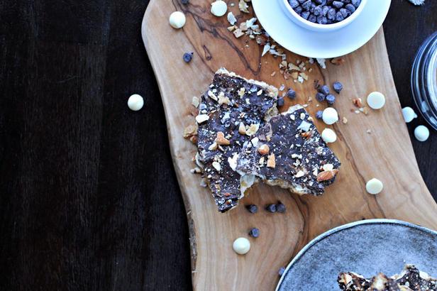 Фото Конфеты с ирисом и орехами