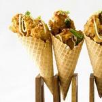 Наггетсы и картошка в вафельном рожке