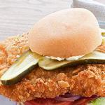 Сэндвич «Верзила» со свиной отбивной