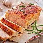 Мясной хлеб из индейки с сыром и беконом