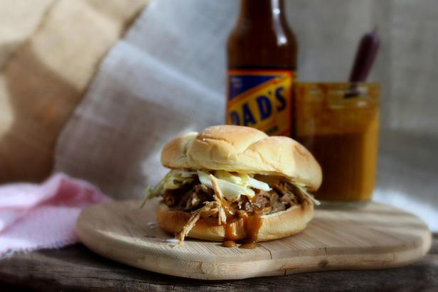 Фото Сэндвичи с рваной копченой свининой