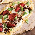 Итальянская фокачча с помидорами