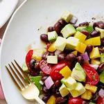 Салат с авокадо «Гуакамоле»
